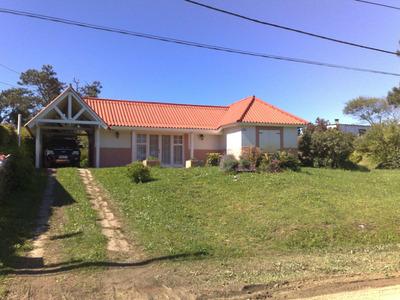 Casa En La Paloma, Excelentes Comididades, Parque Y Barbacoa