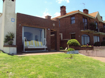 Moderna Casa 2 Dorm, C/hermosa Vista Frente Playa Las Toscas
