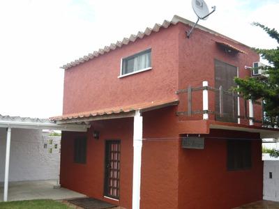 Don Isidro, Casa De Dos Pisos Al Fondo Y A 100m De La Playa
