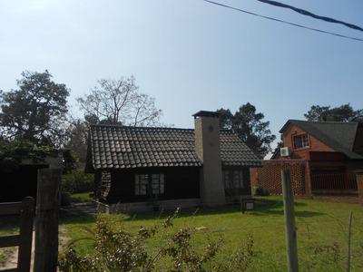Cabaña Rustica , Estilo Country Con Gran Jardin