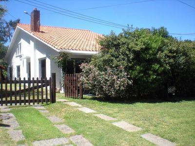Alquilo Casa Parada 12 Mansa A 1 Cuadra Y Media De La Playa